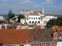 View at Palacio Nacional de Sintra - The National Palace of Sint by <b>Lucien Kivit</b> ( a Panoramio image )
