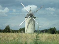 Le moulin a vent du gue Sainte-Marie, aux TROIS-MOUTIERS (Vienne by <b>JOJO 4 9</b> ( a Panoramio image )