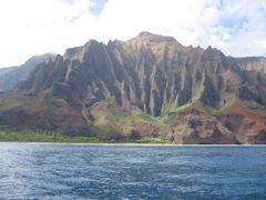 Na Pali Coast, Kauai, Hawaii by <b>davidcmc58</b> ( a Panoramio image )