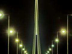 Pylon by <b>Dusan Railfan</b> ( a Panoramio image )