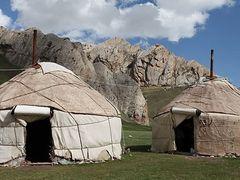"Tash Rabat, Yurt Camping ""Dostuck"" by <b>arctica</b> ( a Panoramio image )"