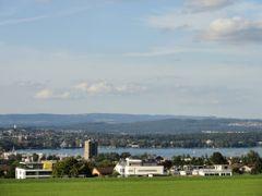 Konstanz und Kreuzlingen  von Kirche Bernrain by <b>Cumizebica</b> ( a Panoramio image )