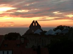 Sunset in Visby, Gotland by <b>Marianne Hauge Granqvist</b> ( a Panoramio image )