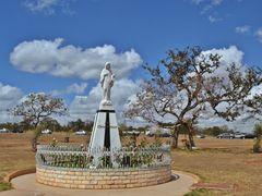 Rainha da Paz!!! by <b>Arolldo Costa Oliveira</b> ( a Panoramio image )