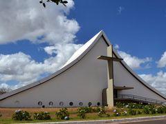 Catedral Rainha da Paz!!! by <b>Arolldo Costa Oliveira</b> ( a Panoramio image )
