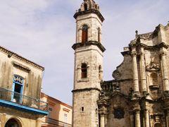 Torre, Catedral. La Habana Vieja by <b>Gorka Aranzabal</b> ( a Panoramio image )