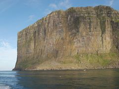 400+ m cliff Fugloy by <b>G.Nordoy</b> ( a Panoramio image )