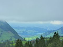 View over lake Sarnen / Aussicht uber Sarnersee by <b>adin</b> ( a Panoramio image )