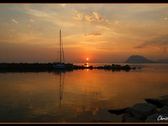Patras Sunset.... View from Marina Patras by <b>Без названия</b> ( a Panoramio image )