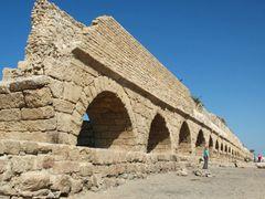 Roman aqueduct, Caesarea, Israel by <b>kluke</b> ( a Panoramio image )