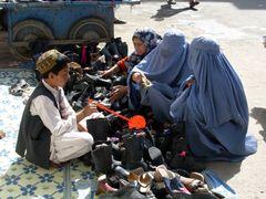 Herat_bazaar by <b>davidadamex</b> ( a Panoramio image )
