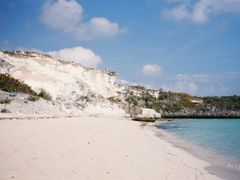 Lee side beach at Bitter Guana Cay by <b>elfwest</b> ( a Panoramio image )