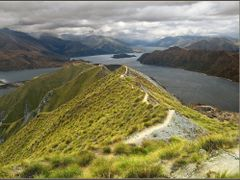 Walk along the top by <b>veranik</b> ( a Panoramio image )