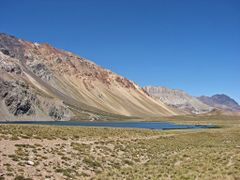"Vista llegando a ""Laguna Valle Hermoso"" y del ""Cerro Lagunilla""  by <b>Omar Gobbi</b> ( a Panoramio image )"