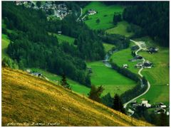 The valley -  A volgy  Osterreich by <b>Lne Zana Judit</b> ( a Panoramio image )