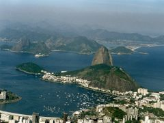 Pan de Azucar -Rio de Janeiro by <b>AnaMariaOss</b> ( a Panoramio image )