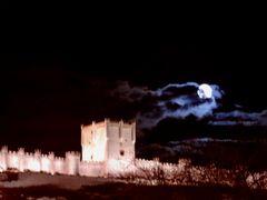 Penafiel. Castillo y luna escondida by <b>Juanjo Hidalgo</b> ( a Panoramio image )