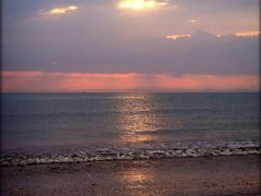 Sunrise on Kalba Beach - Sharjah  ....{by Bassam} by <b>~Bassam</b> ( a Panoramio image )
