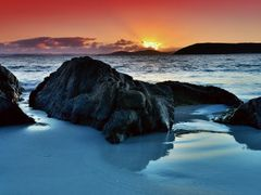 Gull rock Sunset by <b>GasGasL€X</b> ( a Panoramio image )
