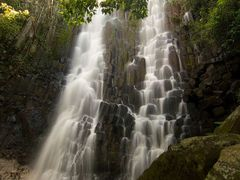 Cascada Los Tercios by <b>Aaron Nuffer</b> ( a Panoramio image )