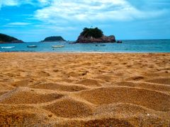 Sand and Rest in beauty Mexico by <b>~?slavva?~</b> ( a Panoramio image )
