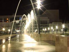 Arcos de agua en el Forum Cultural Guanajuato by <b>? ? galloelprimo ? ?</b> ( a Panoramio image )