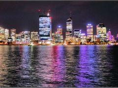 Perth Skyline by <b>cindy555</b> ( a Panoramio image )