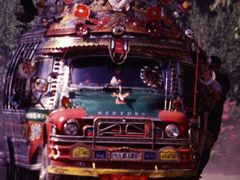 Beautiful bus in Peshawar by <b>Borowski Eric</b> ( a Panoramio image )
