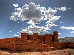 Kasbah Tamnougalt by <b>Martin (WPF)</b> ( a Panoramio image )