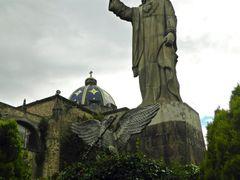 Rey Inmortal de los siglos. by <b>Pecg17</b> ( a Panoramio image )