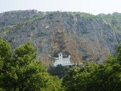 Manastir Ostrog by <b>Dragan Jankovic Fazan-Australia</b> ( a Panoramio image )
