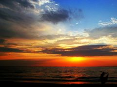 RASARIT SI GRATIE--SUNRISE AND GRACE by <b>luky9</b> ( a Panoramio image )