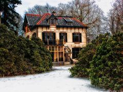 Ein Haus in der Provincie Gelderland, Niederlande. by <b>Reiner Vogeley</b> ( a Panoramio image )