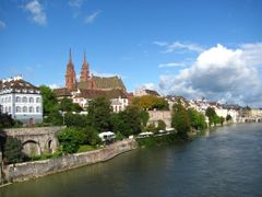 Basel by <b>Canon PS  SX 120 IS</b> ( a Panoramio image )