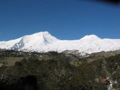 mocho-choshuenco by <b>dentren</b> ( a Panoramio image )