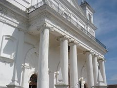 Hermosa Arquitectura Colonial by <b>Jhimez</b> ( a Panoramio image )