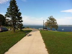 Eastern Promenade by <b>Mihai.</b> ( a Panoramio image )