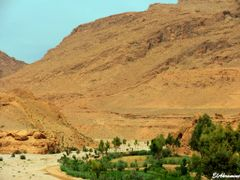 Ait Snan, Todra Gorges (2) by <b>elakramine</b> ( a Panoramio image )