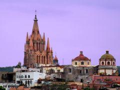 Templo San Miguel Arcangel, San Miguel de Allende Guanajuato by <b>? ? galloelprimo ? ?</b> ( a Panoramio image )