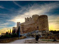 0420 Comunidad Valenciana: Castillo de Villena al atardecer. by <b>Pepe Balsas</b> ( a Panoramio image )