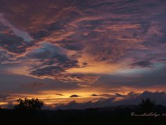 Crepusculo, Naranjo, Costa Rica by <b>Melsen Felipe</b> ( a Panoramio image )