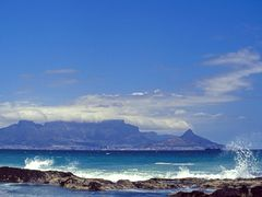 #3 Cape Town, View from Bloubergstrand, Table Mountain,  Tafelbe by <b>picsonthemove</b> ( a Panoramio image )