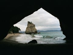 Coromandel Peninsula – Cathedral Cove by <b>stefan*</b> ( a Panoramio image )