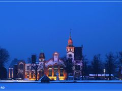 Blue Hour, E-Werk, Schwerin, Germany  by <b>Rainer D</b> ( a Panoramio image )