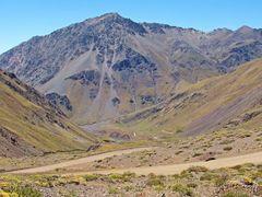"Vista  ""Ruta J-55"" paso internacional ""Vergara"" ""Cordillera de l by <b>Omar Gobbi</b> ( a Panoramio image )"