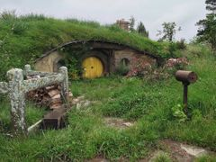 Hobbit Hole by <b>kenfowkes</b> ( a Panoramio image )