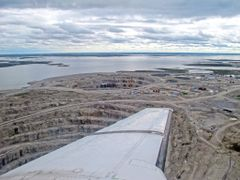 Just over the 1st open pit by <b>Timothy K.</b> ( a Panoramio image )