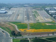 Final Approach, KCRQ Runway 24, 3-2008 by <b>tim_farmer</b> ( a Panoramio image )