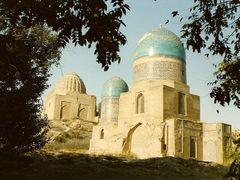 Samarcande - Chakh-I-Zinda by <b>Carre</b> ( a Panoramio image )