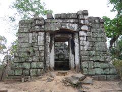 Prasat Koh Ker by <b>StephenHarris</b> ( a Panoramio image )